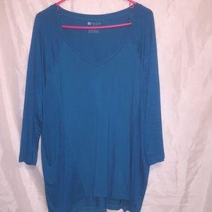 Stylus pretty turquoise deep V shirt Size XL 💕🖤